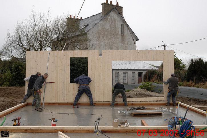 Maison panneau bois segu maison for Avorter a la maison