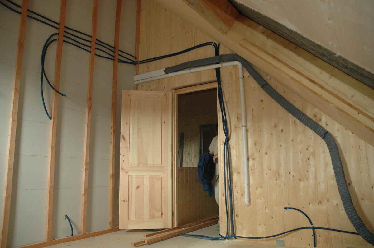 cable blind ou gaine blind e pour une lectricit biocompatible maisoneco construction. Black Bedroom Furniture Sets. Home Design Ideas