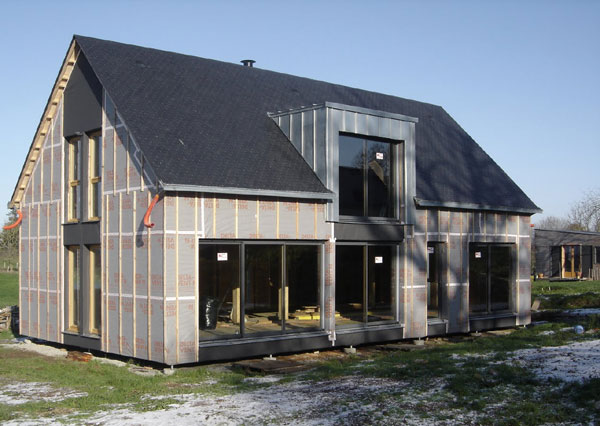 Chaumezon autoconstruction d 39 une maison ossature bois for Assainissement air maison